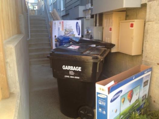 garbage_bins_egress2